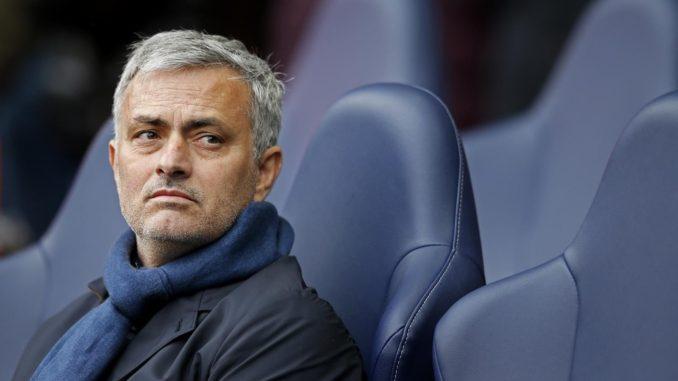 Mourinho Incar 3 Pemain Chelsea Setelah Jadi Pelatih MU
