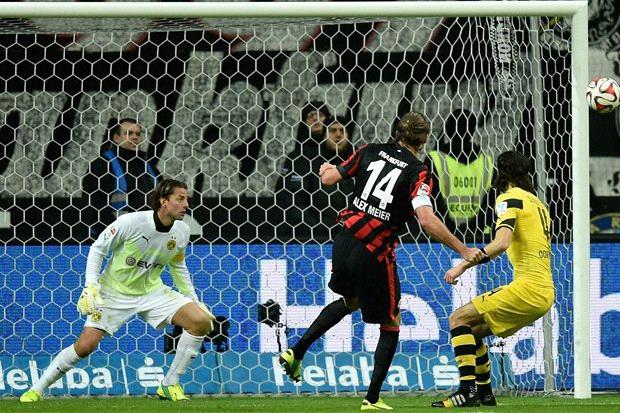 dortmund-dikalahkan-frankfurt-goal.com_