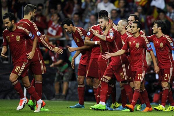 JUARA EURO 2016 BUKAN TARGET SPANYOL