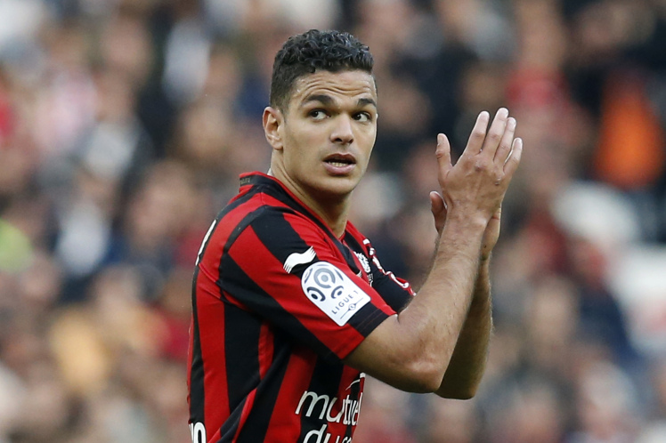 Nice's French forward Hatem Ben Arfa applauds as he leaves the pitch during the French L1 football match between Nice and Rennes on April 10, 2016 at the Allianz Riviera stadium in Nice, southeastern France. AFP PHOTO / VALERY HACHE / AFP / VALERY HACHE (Photo credit should read VALERY HACHE/AFP/Getty Images)